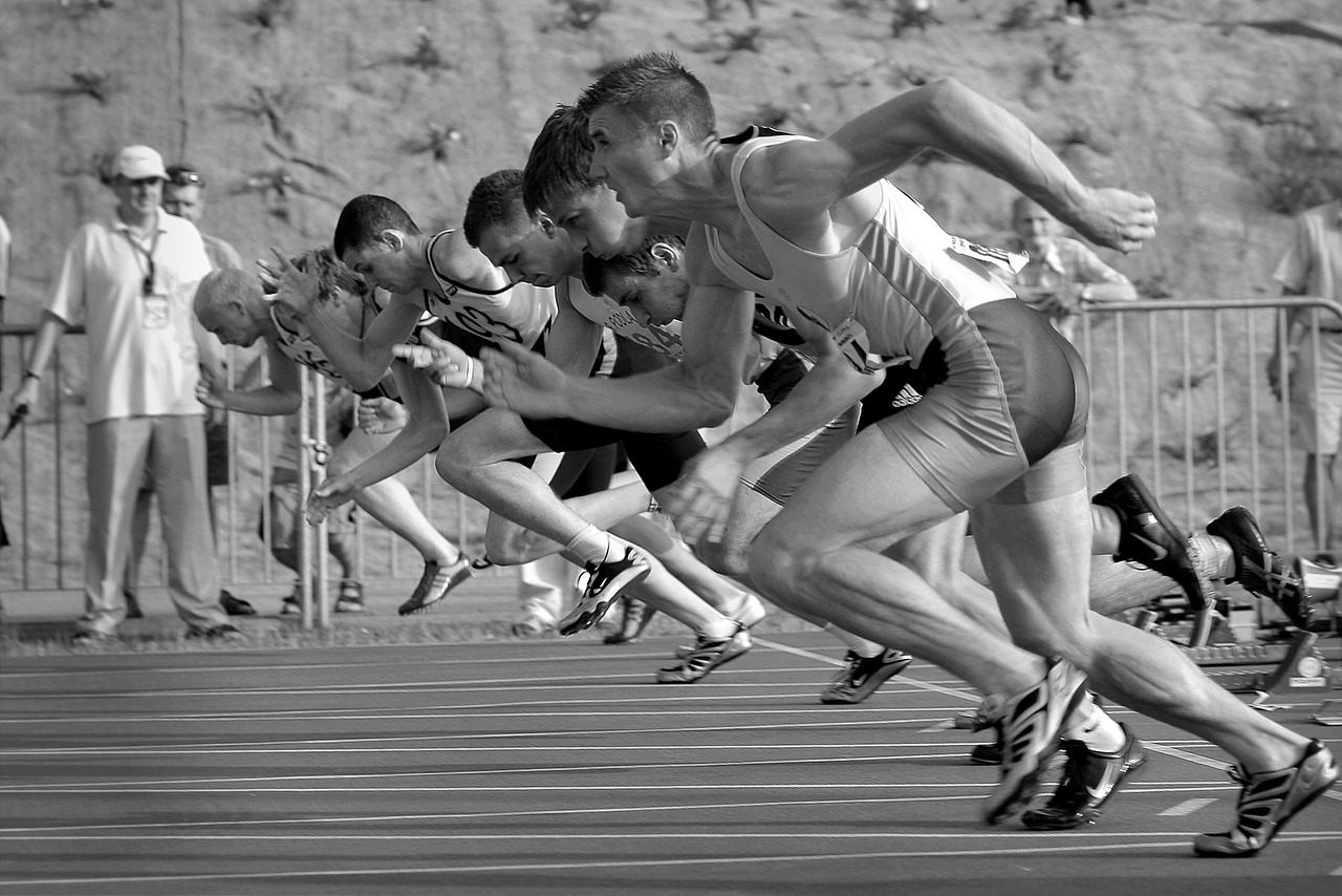 Sprinting start - black & white picture